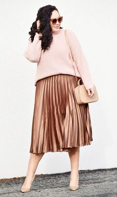 pleated midi skirt | For more style inspiration visit 40plusstyle.com