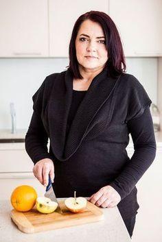 Hubnete, ale chybí vám inspirace na dietní jídla, která uvařit? Stejný problém měla i čtenářka Kristina. Nutriční terapeutka pro ni proto sestavila ukázkový jídelníček na den. Inspirujte se i vy! Health Diet, Health Fitness, Food Hacks, Food Tips, Ds, Pilates, Recipes, Pop Pilates, Food Stamps