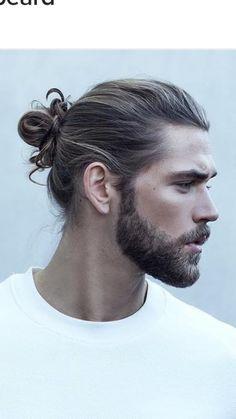 Man Bun hairstyle: what is a man's bundle? Man Bun Hairstyles, Mens Hairstyles With Beard, Cool Hairstyles For Men, Hair And Beard Styles, Haircuts For Men, Curly Hair Styles, Beautiful Hairstyles, Long Curly Hair Men, Long Hair Beard
