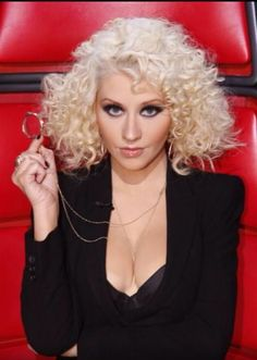 Xtina channeling Madonna...Express yourself