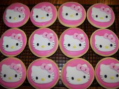 Hello Kitty cookies, but pretty enough to be cupcakes!