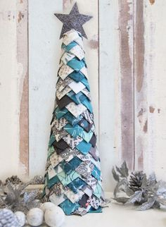 Fabric Christmas tree - fun no-sew tutorial