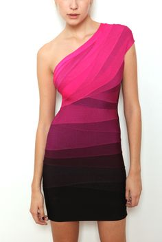 Herve Leger Bandage Dress from www.okaylady.com