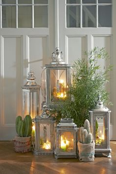 PATRICE LANTERN ANTIQUE SILVER