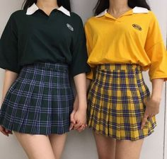 Girls guide to grunge - Outfits Grunge Outfits, 90s Grunge, Edgy Outfits, Korean Outfits, Girl Outfits, Fashion 90s, Asian Fashion, Fashion Outfits, Aesthetic Fashion
