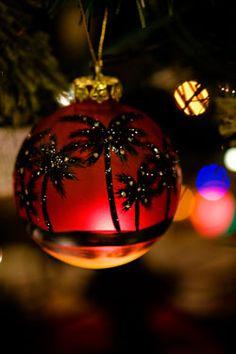 Palm tree ornament - beautiful!  Just like Jackie!