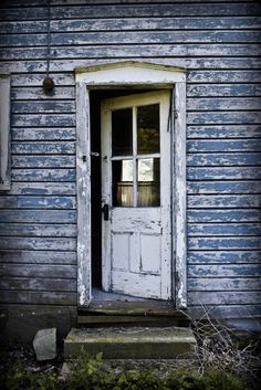 Most Beautiful Antique Farmhouse And Vintage Front Doors Ideas For Home More Amazing – GooDSGN