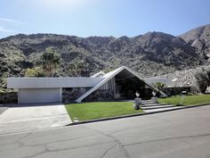 MidCentury Swiss House located in Palm Springs    Alexander Construction Company