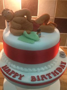 For a weight lifter who hasn't had a cake before