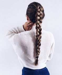 Queue de cheval tresse (single french braid with weave) Cute Hairstyles For School, Trendy Hairstyles, Sponge Hairstyles, Summer Hairstyles, Cute Hairstyles With Braids, Rihanna Hairstyles, Female Hairstyles, Pinterest Hair, Gorgeous Hair