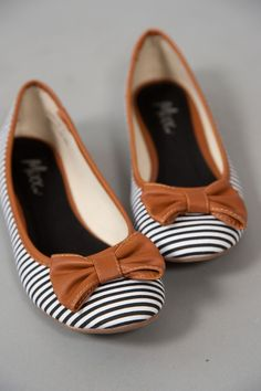 Cute nautical navy and white striped Ballet Flats | Shoes with a brown bow detail
