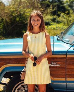 The post Yellow striped dress! appeared first on Summer Ideas. Moda Retro, Moda Vintage, Women's Dresses, Cute Dresses, Sunmer Dresses, Preppy Dresses, Shift Dresses, Adrette Outfits, Spring Outfits