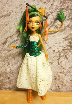 Scaly dream in green dress for monster high dolls by moonsight68, $18.00