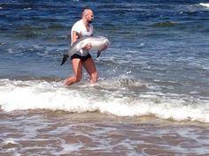 MMA Fighter Saves Dolphin's Life While On Vacation