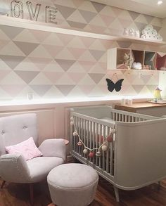 Perfect personal room decoration for you baby! Girls Bedroom, Baby Bedroom, Baby Room Decor, Nursery Room, Girl Rooms, Room Inspiration, House, Home Decor, Neutral Wallpaper