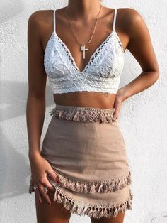 49 Bohemian Outfits To Update You Wardrobe Today - kleidung - Bikini Outfit Chic, Böhmisches Outfit, Mode Outfits, Trendy Outfits, Fashion Outfits, Fashion Trends, Trending Fashion, Bohemian Fashion Styles, Skirt Outfits