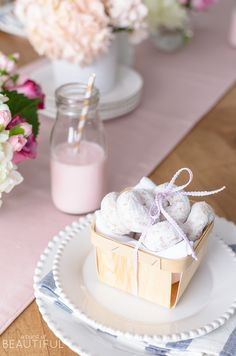 Celebrate Valentine's Day with your little ones by hosting a party just for them with these sweet Valentine's Day party ideas for kids. Valentines Day Treats, Valentine Day Crafts, French Country, Country Farmhouse, Country Decor, Farmhouse Decor, Berry Baskets, Everyday Dishes, Little Valentine