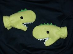 Dinosaur Mittens: If I can figure out my sewing machine these will be on my to do list!