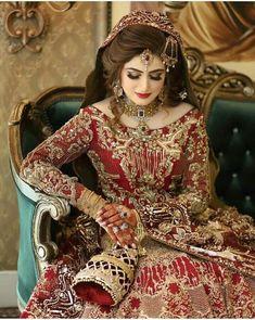 Pakistani Bridal Hairstyles, Pakistani Wedding Outfits, Pakistani Dresses Casual, Indian Bridal Outfits, Pakistani Bridal Dresses, Pakistani Dress Design, Bridal Mehndi Dresses, Fancy Wedding Dresses, Asian Bridal Dresses