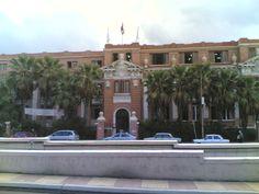Liceu Francês de Alexandria, também conhecido como Liceu da Liberdade ou Liceu Al-Horreya, em Alexandria, no Egito.  Fotografia: Alexknight12.