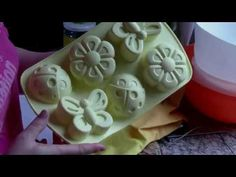 Sapun handmade cu lapte - YouTube Soap Making, Home Remedies, Projects To Try, Diy Crafts, How To Make, Handmade, Youtube, Hair, Ideas