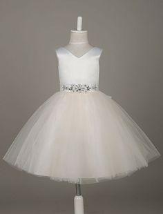 Flower Girl Dresses Tulle Satin V Neck Tutu Dress Ivory Beading Waist Sleeveless A Line Dinner Dress With Sash