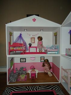 Cute corner design.. This design is 4 boxes with roof peaks if it was permant two high stack and hinged on one side with a closure latch on other, it could serve a storage for dolls and accessories, then be transported for overnights (by an adult to heavy for most kids)dse