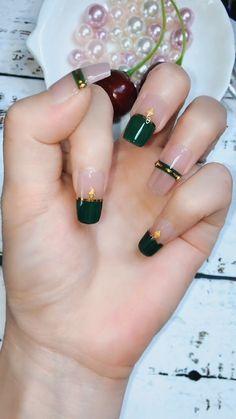 different shaped nails Cute Nail Art, Cute Acrylic Nails, Nail Art Diy, Diy Nails, Swag Nails, Grunge Nails, Nail Art Designs Videos, Nail Art Videos, Diy Nail Designs