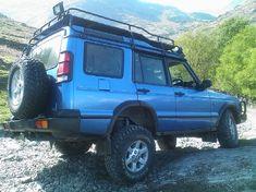 Land Rover Disco.  My Black Betty, bam a lam.