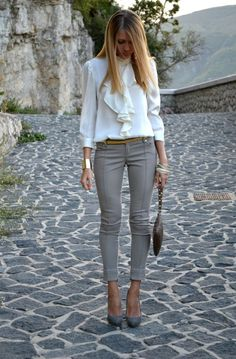 awesome Stylish Work Outfits For Ladies 2016 - Fashion Xe - Pepino Lady Fashionista Stylish Work Outfits, Business Casual Outfits, Professional Outfits, Office Outfits, Mode Outfits, Classy Outfits, Fashion Outfits, Womens Fashion, Fashion Trends
