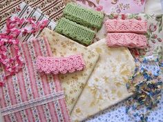 Miss Abigail's Hope Chest: In My Workbasket: Pillowcases & Trims