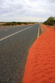Outback Australia. Just stunning driving on endless roads!