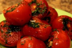 Малосольные-помидоры-с-чесноком-в-пакете