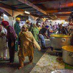 Bangla Sahib Gurudwara - New Delhi, India   AFAR.com