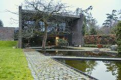 ARCHITECT KNUD HOLSCHERS BEAUTIFUL HOME