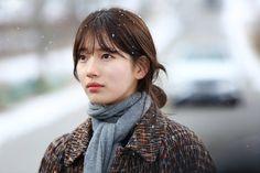 Suzy, Kim Woo-bin create snow scene in upcoming drama Korean Model, Korean Singer, Uncontrollably Fond Kdrama, Suzy Drama, Miss A Suzy, Vlog Squad, Kim Woo Bin, Korean Entertainment, Snow Scenes