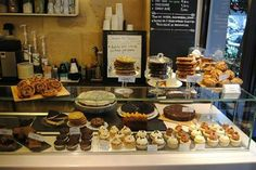 Oh mon Cake! Such a nice little salon de thé shop with gooood cakes.