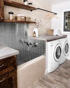38 Functional And Stylish Laundry Room Design Ideas To Inspire. 33 Functional And Stylish Laundry Room Design Ideas To Inspire. Have a look at this incredible collection of laundry room design ideas that are functional, stylish and full of inspiration. Washroom Design, Laundry Room Design, Laundry Area, Laundry Room With Sink, Laundry Bathroom Combo, Bathroom Goals, Bath Design, Bathroom Storage, Home Design