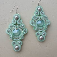 Handmade Beaded Jewelry, Custom Jewelry, Earrings Handmade, Soutache Necklace, Bracelet Patterns, Bead Art, Shibori, Beaded Earrings, Creations