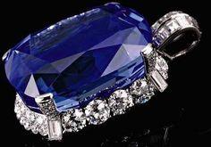 Jewels of the Duchess of Windsor 206.82 carat sapphire & diamond pendant