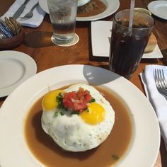 locomoco from pinnaple room
