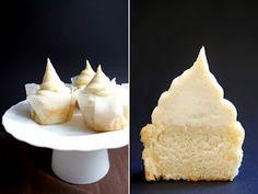 vanilla, bean, white chocolate, frosting, cupcake, cake, bake, baking, dough, batter, kitchen, delicious, yummy, recipe,