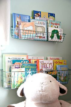 Nurser Ideas | Wire Book Baskets http://www.recipeforcrazy.com/2010/10/sweet-ps-nursery.html