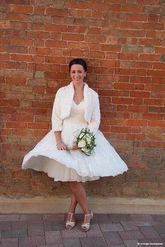 9 Short wedding dresses that stunned - Sarah - real life Bassmead Manor Barns bride Barns, Summer Wedding, Real Weddings, Rustic Wedding, Real Life, Wedding Venues, Tulle, Flower Girl Dresses, October 2014