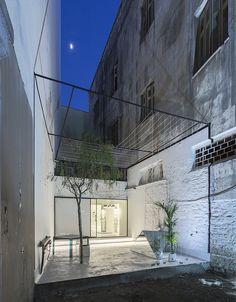 그리스 안경매장 화이트인테리어 -By 314 Architecture Studio 그리스 아테네 안경매장 'C_29'를 소개...
