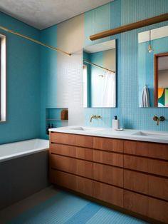 Commune Design | Santa Cruz Beach House Small Bathroom Tiles, Master Bathroom, Colorful Bathroom, Dyi Bathroom, Remodel Bathroom, Bathroom Inspo, Design Bathroom, Chic Beach House, Santa Cruz Beach