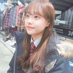 Image about kpop in — loona 🏹 by  on We Heart It Sooyoung, South Korean Girls, Korean Girl Groups, Your Girl, My Girl, Divas, Loona Kim Lip, Chuu Loona, Pre Debut