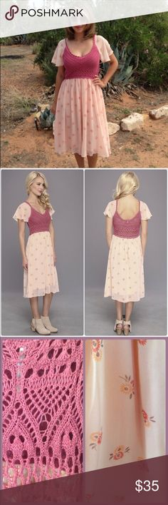 Free People Crochet Dusty Pink Flower Dress Step into Spring and Summer with this brand new Free People dress. Crochet bodice, flutter sleeves, and pleated skirt with subtle wildflower print, scoop neckline and back. Only the skirt had lining. Free People Dresses Midi