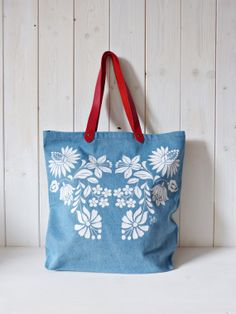100 cotton screenprinted denim jeans tote bag with by FolkAffair, $45.00 Denim Cotton, Cotton Bag, Denim Tote Bags, Cute Bags, Screen Printing, Denim Jeans, Diaper Bag, Reusable Tote Bags, Womens Fashion