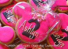 Minnie Mouse Custom Sugar Cookie Favors by CookieCakeConfection, $45.00